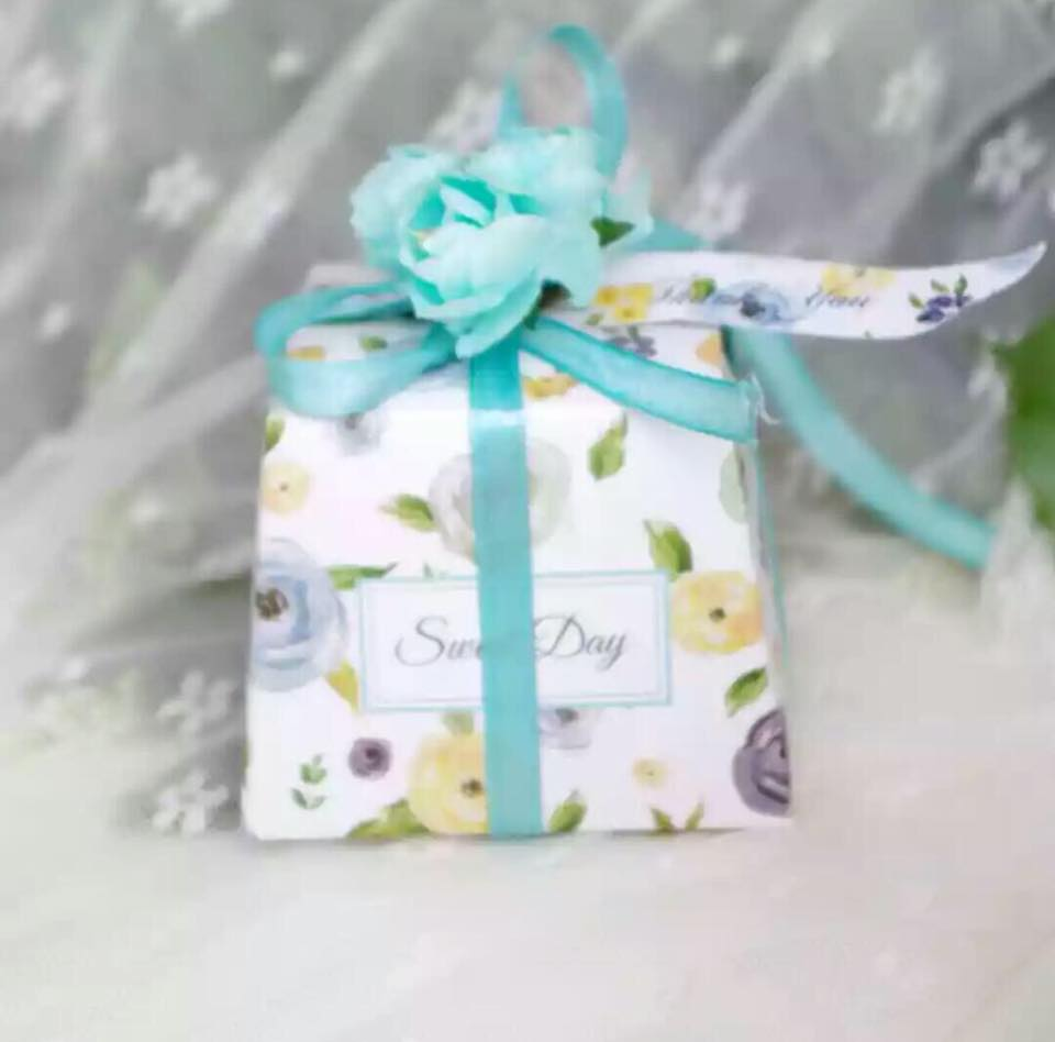 Sweet Day Favor Box (Full Decoration) - Unique Wedding Favors & Door ...